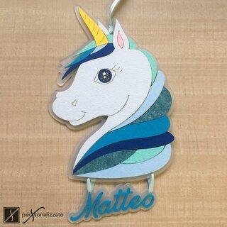 Fiocco Nascita Unicorno, disponibile in azzurro o rosa. Personalizzabile con il nome. Idea regalo per Nascita o Baby Shower!  Scopri di più su https://www.personalizzato.eu/it/